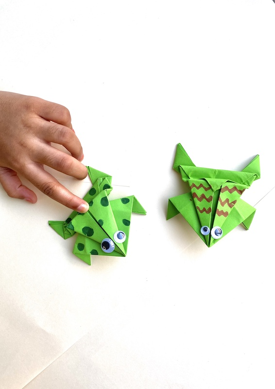 How to make a paper jumping frog (Step-by-step tutorial)