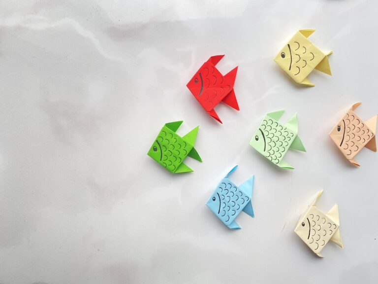 How to make a simple paper fish step-by-step