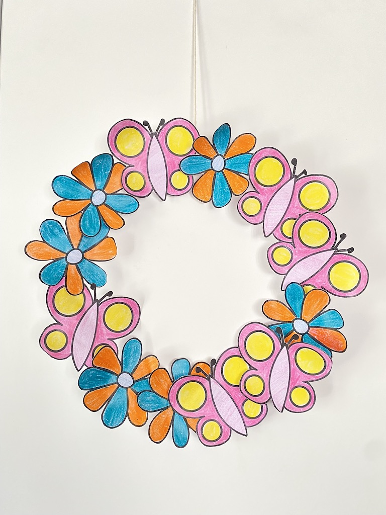 Paper Plate Flower Garden Wreath (with free template)