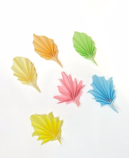How to make paper leaves step-by-step