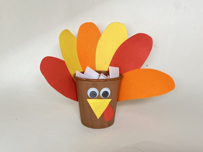 Easy paper cup turkey craft for kids