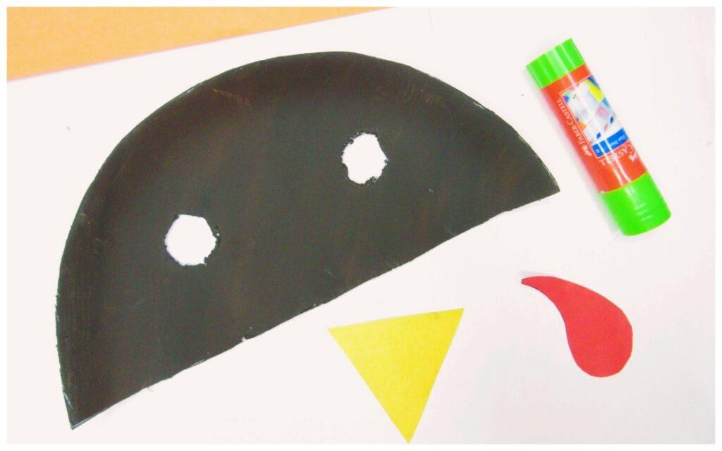 paper plate turkey craft - thanksgiving craft idea for kids
